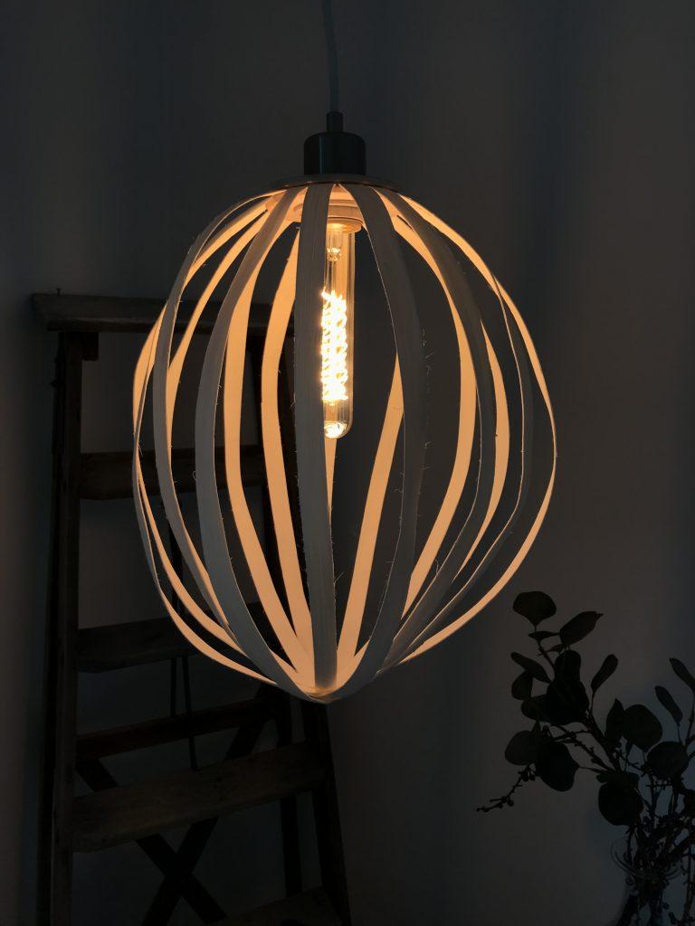 DIY: Rattanholz Lampe