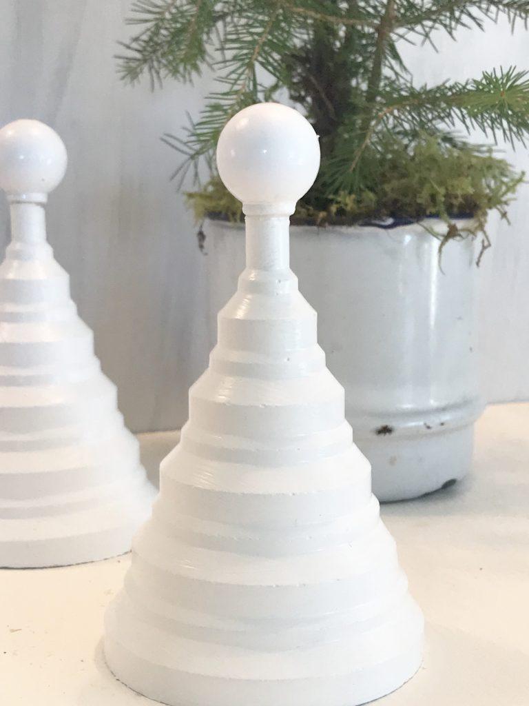 Tannenbäumchen aus Beton oder Gips selber machen