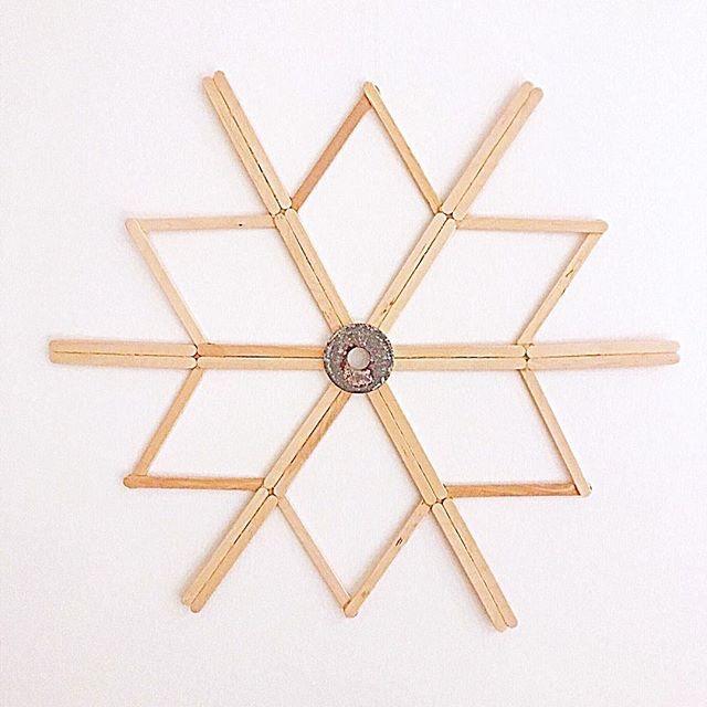 DIY: Stern /Schneeflocke aus Holzstäben/ Eisstielen