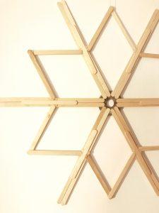DIY: Stern/ Schneeflocke aus Eisstielen (Rückseite)