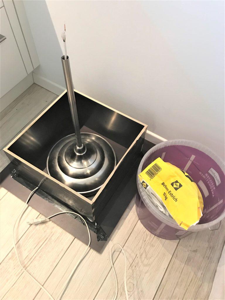 Treibholz-Stehlampe selber machen. DIY, Upcycling, #Chalet8, #Treibholz