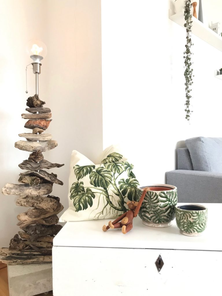 Treibholz-Stehlampe selber machen. Do it Yourself, Upcycling, #Chalet8, #Treibholz