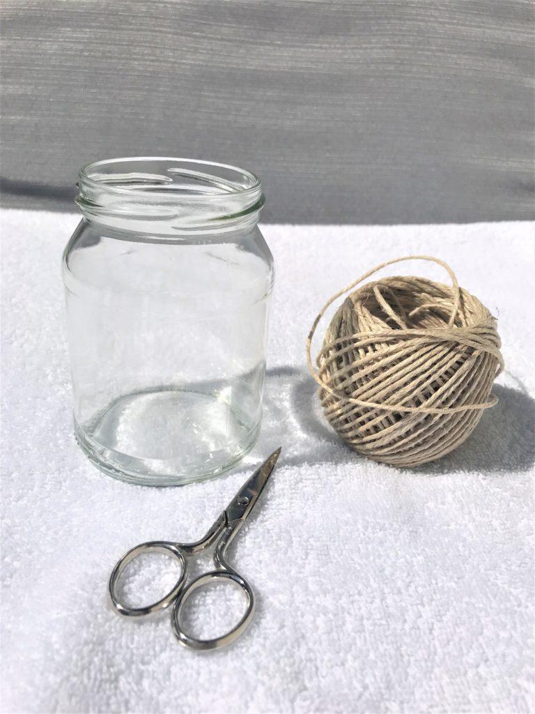 Weckglas mit Fischernetz aus Paketschnur als Windlicht oder Vase
