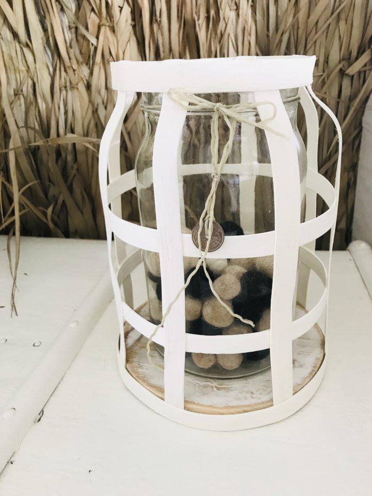 DIY: Windlicht aus Rattan im Boho Stil selber machen. Sommerdeko, Herbstdeko, Winterdeko, Chalet8, Blog, DIY, Rattanband, Rattanstäbe, Rattan, Windlicht, Boho, Trend, Dekoration. #Chalet8, #Windlicht