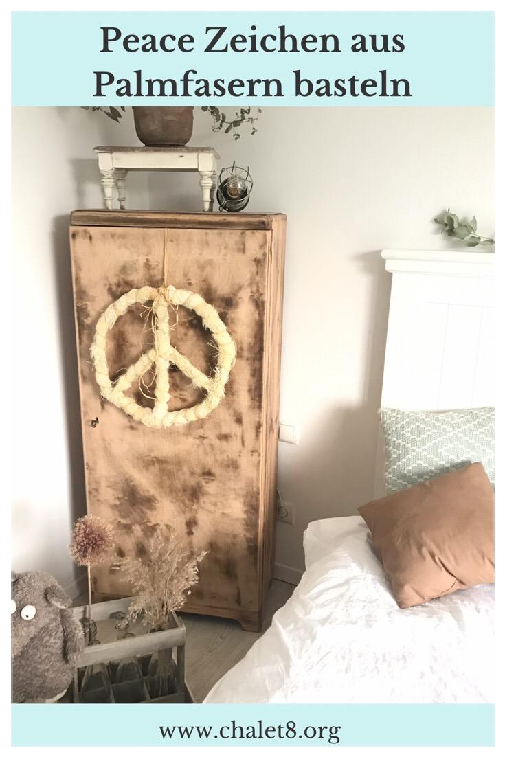 Peace Zeichen basteln aus Palmfasern.Basteln mit Naturmaterial. Setze ein Zeichen. Natural Boho Stil. Modern Boho. #Chalet8, # Peacezeichen