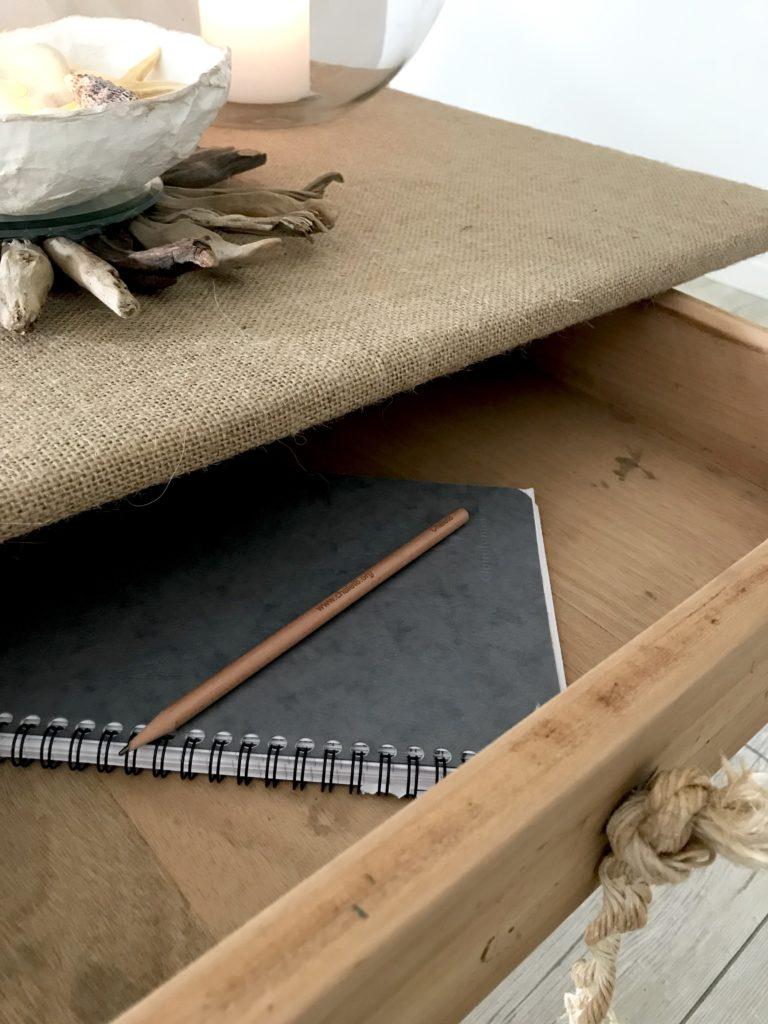Upcycling Schublade: Mal ein anderer Knauf und eine ander Tischplatte