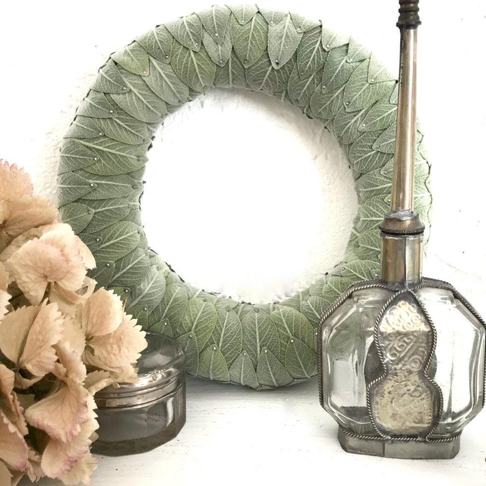 Anleitung für Herbst Kranz aus Salbei. Kranz Idee mit Salbei. Schönen Sablei Kranz einfach selber machen. Sage Wreath. #chalet8, #sage# Salbei #Kranz # wreath #kranzidee #herbstkranz