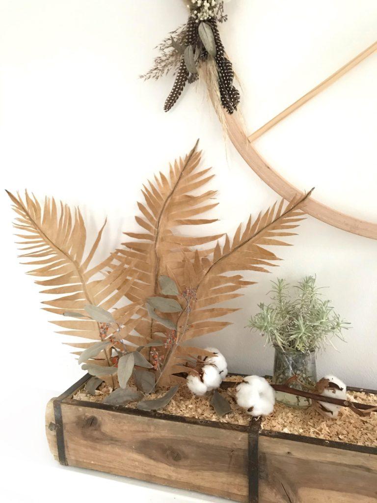DIY Pflanze aus Papier basteln Palmenblatt aus Backpapier für den Urban Jungle. #chalet8 #papierpflanze #papierdiy